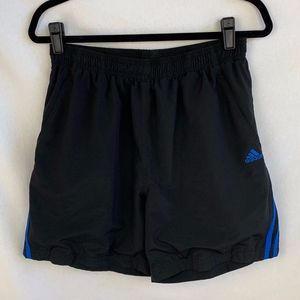Adidas Boys Shorts - M